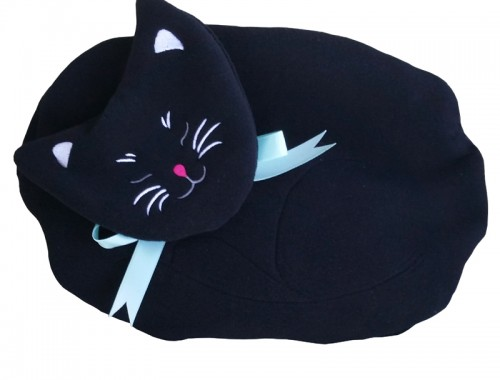 Black Cat microwave heating pad and lap warmer