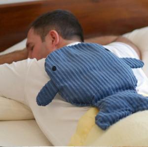 Blue whale microwaveable back warmer